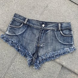 Горячие женщины микро стринги онлайн-Sexy Denim Shorts Women Short Femme Tassel Low Waist Summer Beach Spandex Micro Mini Shorts Jeans Night ClubWear Thong Jeans Hot