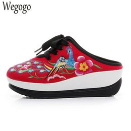 Wholesale Vintage Comfort - Vintage Women Slippers New Chinese Embroidered Phoenix Ladies Platforms Comfort Sandals Shoes Cloth Sapato Feminino Woman