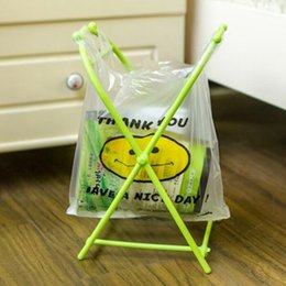 Wholesale plastic bag trash holder - Folding X-type Plastic Garbage Bag Hanging Storage Rack Holder Portable Trash Can Home Kitchen Storage Rack OOA4180