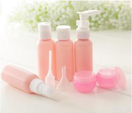 2020 kit de viaje botella de plástico Nueva Llegada Conjunto de Botellas Recargables Paquete de Viaje Botellas de Cosméticos Botella de Spray de Presión de Plástico Kit de Herramientas de Maquillaje kit de viaje botella de plástico baratos