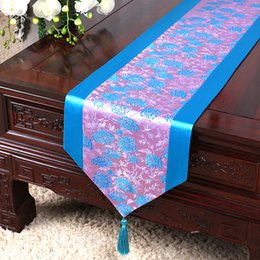 elegant table cloths NZ - 120 inch Long Elegant Embroidered Damask Table Runners Dining Table Mat Placemat Party Luxury Silk Table Cloth 300 cmx33 cm