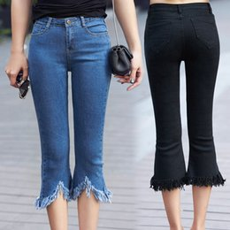 Ganga jeans elástica on-line-Casual Além disso Código perna Jeans Ladies 2018 Outono Nova Moda Fat MM200 Elastic Corpo reparar Folho Tassel Jeans Shorts