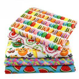 темно-синие ткани цветы Скидка 50 * 147 см ткань фруктовый напиток арбуз полиэстеркотон для ткани дети постельные принадлежности домашний текстиль для шитья кукла тильда, c478