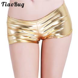 2019 calções de noite sexy adulto Mulheres adultas moda Sexy Night Club Shorts Shorts de couro brilhante Faux Shorts de cintura baixa para dançar Raves festivais trajes calções de noite sexy adulto barato