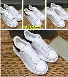 Wholesale ladies platform shoes elastic band - 2017 New Mens Womens Fashion Luxury White Leather Platform Shoes Flat Casual Shoes Lady Black Pink Gold Women White sneakers 35-45