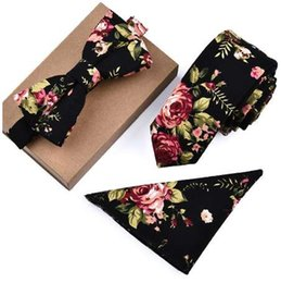 Farfalla di paisley online-Mens Designer Skinny Flower Rose Paisley Pocket Square Fazzoletto Butterfly Bow Tie Neck Tie Set Lotti