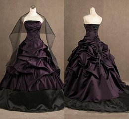 2019 vestidos de fiesta góticos púrpura Vestidos de fiesta de bordado gótico victoriano con cuentas plisadas Vestido de fiesta sin tirantes de tafetán vestido de noche púrpura y negro Vestidos de quinceañera rebajas vestidos de fiesta góticos púrpura