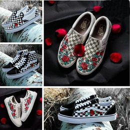 2018 Old Skool X AMAC Customs High-Tops Chaussures Women Men Shoes Rose  Embroidery Casual Designer Canvas Zapatillas de deporte Sneakers 04fa6a08a
