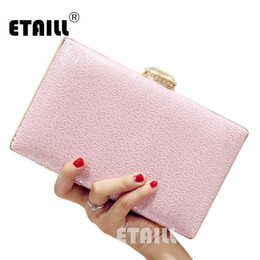 fe7192540b99 ETAILL Simple Flower Printed Evening Bag 2017 New Women Clutch Bag Pink  White Chain Mini Box Pochette Soiree Glitter
