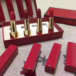 Макияж Марка Матовый Помада 4 цвета Красный цвета Помада 4 шт. / Компл. С подарочной коробке высокого качества Бесплатная доставка от