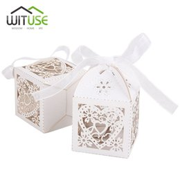 Wholesale navy favor boxes - WITUSE 100 pcs Cheap Sale Red  White  Gold  Navy Blue Laser Cut Wedding Favor Boxes Candy Box Casamento Wedding Favors And Gifts