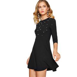 Abito abbellito perla online-2018 Office Lady Pearl Impreziosito Party Dress Zip Fit Flare Donna Nero 3/4 Sleeve Skater Abiti Elegante mini abito