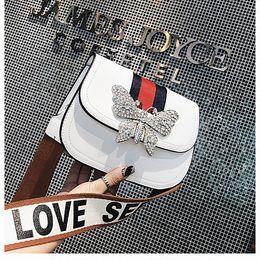 Wholesale brand name messenger bag - new cheap designer handbag fashion classic shoulder bags women ladies totes brand name messenger bag purse crossbody