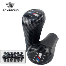 bmw knopf Rabatt Schaltknauf für BMW E46 E53 E60 E61 E63 E65 E81 E82 E83 E87 E90 E91 E92 1 3 5 6 Series X1 X3 X5 Carbon-Faser-Matte Verchromte