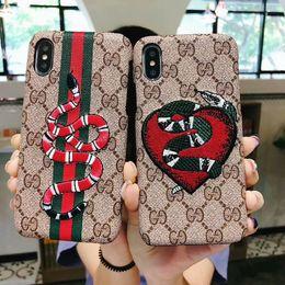Canada Etui Smartphone avec broderie de serpent pour IPhone X 8 7 6 Plus la couverture arrière de coque en cuir à la mode Logo en anglais pour IPhoneX XS Max XR Offre