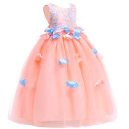 Photos des étapes de mariage en Ligne-2018 nouvelle collection nouvelle robe de bal brodée Robe de mariée en pétale de fleur pour collégiens pour enfants perfomance sur scène