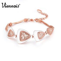 Бразильский браслет из розового золота онлайн-Viennois старинные браслет для женщин серебро/розовое золото/пистолет цвет треугольные Шарм браслеты браслеты ретро выдалбливают браслеты S915