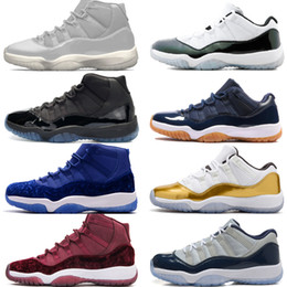 2021 abiti di velluto blu 11 11s Cap and Gown Prom Night Men Scarpe da pallacanestro Platinum Tint Gym Red Bred PRM Velluto Heiress Blue Barons Concord 45 mens sneakers sportive