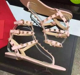 Wholesale Cheap Orange Heels - Zapatos Mujer Color Rivets Spiked Gladiator Flat Sandals Stones Studded Flip Sandal Big Size Designer Women's Cheap Shoes Summer