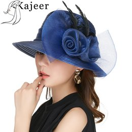 Kajeer Sombreros de hilo de color azul para mujer Big Bow Feather Flower Sombrero de verano Sun Protect Elegante Fedoras Wedding Sea Beach desde fabricantes