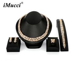 Collares de oro de la boda para las mujeres online-iMucci Rose Golden Wide Heart Shaper Hyperbole Crystal Necklace Women Accessories Prom Wedding Dress Ladies Regalos