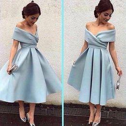 Wholesale modest cheap prom dresses - Modest Light Blue Short Mother Of The Bride Dresses Off Shoulder Knee Length Backless Prom Dress Cheap Evening Gowns