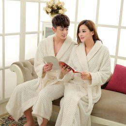 En la venta Hombres de manga larga larga Kimono albornoz gruesa bata de baño termal bata masculina de Coral batas de lana para hombre salón de dormir desde fabricantes