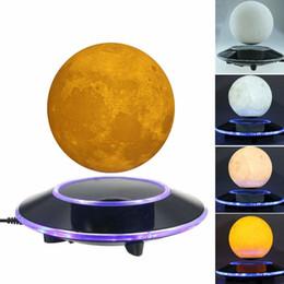 Magnetic Levitating Moon Lamp Night Light Galleggiamento e rotazione in aria liberamente con luci LED a variazione graduale tra giallo e bianco da lampada di luna gialla fornitori