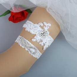 Wholesale Beaded Appliques Wholesale - 2 Pieces set Lace Bridal Garters Wedding Garters Real Picture Appliques Crystals Beaded Pearls Handmade Wedding Leg Garters Cheap