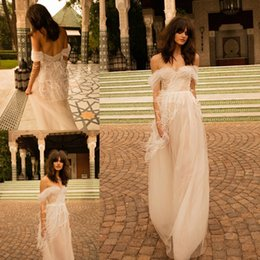 Wholesale Vintage Ostrich Feathers - 2018 Liz Martinez Bridal Dresses Ostrich hair Tassel Feather Off shoulders Bohemian Country Wedding Dresses Ruched Tulle beach holiday