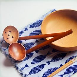 2019 cucchiai di zuppa giapponese 2 Stili WoodenTurtle Zuppa Cucchiaio in legno Stoviglie in legno Stile giapponese Ramen Manico lungo in legno Hot Pot Cucchiaio AAA547 sconti cucchiai di zuppa giapponese
