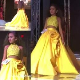kinder prom kleider stück Rabatt Niedlich zwei Stücke Mädchen Festzug Kleid Prinzessin Ballkleid Party Prom Kleid für kurze Mädchen hübsches Kleid für kleines Kind
