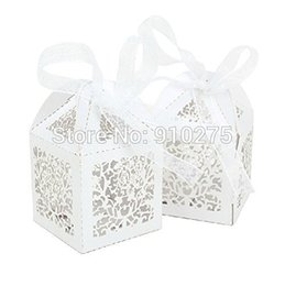 Wholesale Sweet Wedding Favours - 50PCS Vine Filigree Laser Cut Favour Box Bomboniere Wedding Bridal Shower Party Gift Sweet Candy Box