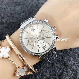 Las mujeres de negocios MK relojes de marca de lujo de moda de acero  calendario de oro rosa reloj de mujer relojes al por mayor rebajas mk gold 8100c818da1e