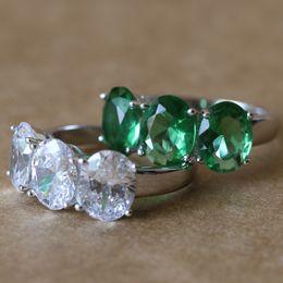 Oval Three Stone 3.84 ct oro blanco lleno 925 plata esterlina SONA anillo de compromiso anillo de boda sintético para las mujeres joyería fina desde fabricantes