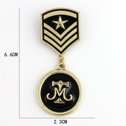 Wholesale Medals Brooch - baiduqiandu Brand Black Enameled Star Army Badge Medal Brooches or Lapel Pins