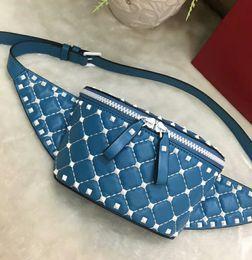 Wholesale chocolate diamonds - 2018 V genuine leather real high fashion handbag diamond lattice metallic rivet cross body men and ladies waist bag pack stylist full starts