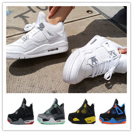 Wholesale mens blue suede boots - 2018 designer shoes High Quality 4 4s White Cement Pure Money Basketball Shoes Mens Bred Royalty Game Royal Sports Sneakers boots