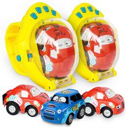 RC Cars 2.4G Gravity Sensing 4CH Racing Car 1:58 avec Wearable Watch 4 Fréquences 20KM / H Robots brinquedos jouets pour enfants Robot Télécommande ? partir de fabricateur