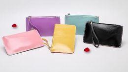 2018 moda nuove donne borsa olio cera pelle fresca e bella mano piccolo raccoglitore femminile portamonete portamonete all'ingrosso cheap beautiful purse wholesale da bella borsa all'ingrosso fornitori