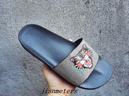 Wholesale Thick Soled Flip Flops - factory outlet mens fashion angry cat print trek slide sandals with thick rubber sole boys causal beach flip flops