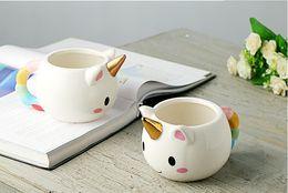 24pcs / lot tazza di unicorno del fumetto tazza di caffè di ceramica 3D ragazza dei bambini regalo creativo sveglio che trova le tazze di acqua della tazza del cavallo dell'arcobaleno SN1065 da tazza della tazza di caffè 3d del fumetto fornitori