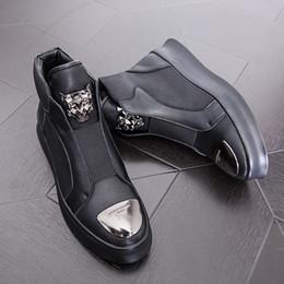 2019 scarpe da uomo inverno 2019 Spring New Arrivals Fashion Stivaletti Uomo Upgrade Stivali da moto Wear Comfort Light Scarpe invernali Army 36D50 scarpe da uomo inverno economici