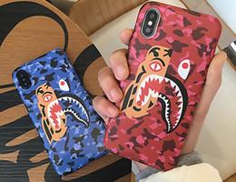 couvercle en plastique de panda Promotion USA Japon Streetwear marque Shark Panda Tiger camouflage mat lumineux plastique dur téléphone cas pour iphone 6 6s 7 8 plus X cas