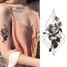 2019 rose per tatuaggi Autoadesivo del tatuaggio temporaneo di 1 pezzo Autoadesivi del tatuaggio del fiore pieno delle rose nere Disegno completo del tatuaggio di Bigham rose per tatuaggi economici