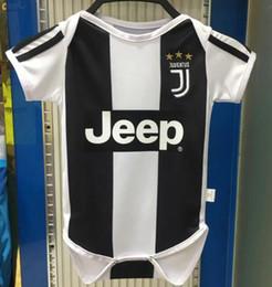 Argentina 2019 Baby Juventus Soccer Jersey 18/19 Juventus Home 7 Ronaldo 9 HIGUAIN 10 DYBALA 6 a18 meses camiseta de fútbol para niños Traje de arrastre combinado cheap suits for babies 18 months Suministro