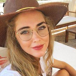 lunettes à lunette ronde transparente Promotion 2018 Nouveau Marque Designer Femme Lunettes Cadre Optique En Métal Ronde Lunettes Cadre Transparent HD objectif Eyeware Noir Argent Or Yeux Verre