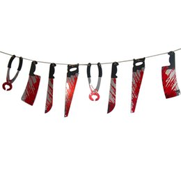 Cadılar bayramı prop avlanan ev dekor işkence araçları Korkunç kanlı şeyler bıçak Kanlı Silah Garland korkunç Cadılar Bayramı süslemeleri nereden