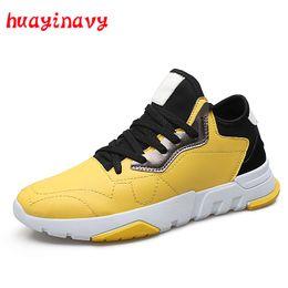 f981f6ce9122 Huayi navy Bunte Outdoor Schuhe Männer Casual PU Leder Schuhe Herbst  Atmungsaktive Turnschuhe Trainer Männer Low Cut Schuhe