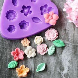 Новый продукт все виды цветов моделирование 3D DIY мыло / шоколад / желе силиконовые формы мини цветок торт украшение бесплатная доставка от Поставщики детские товары